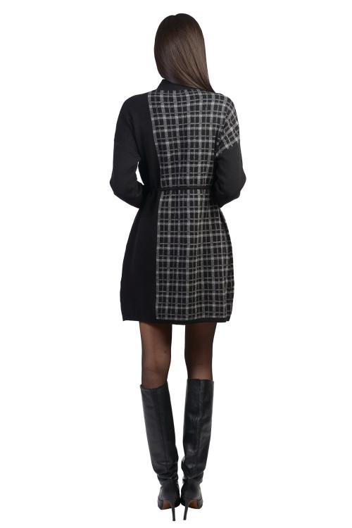 Rochie neagra cadrilata tip pulover XX613 NG