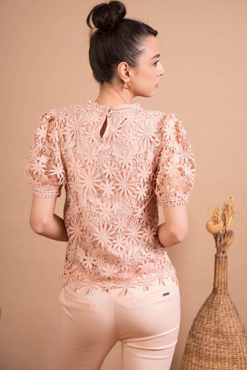 Bluza eleganta cu broderie florala M2165 Roz