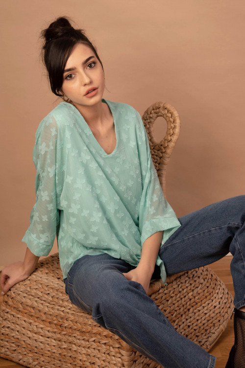 Bluza eleganta turcoaz cu flori B1829 T